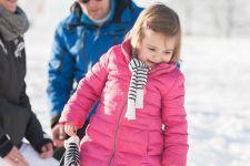 Familie v Z. Fotoshoot in de sneeuw