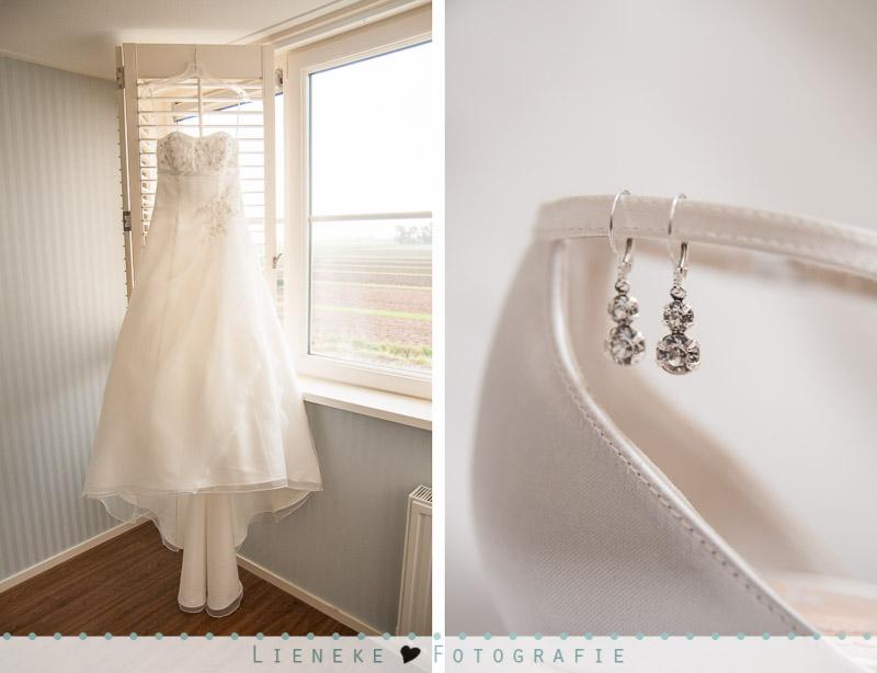 Bruidsfotografie details jurk sieraden en bruidsschoenen