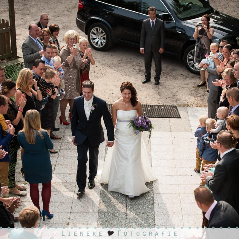 Bruidsfotografie aankomst bruidspaar