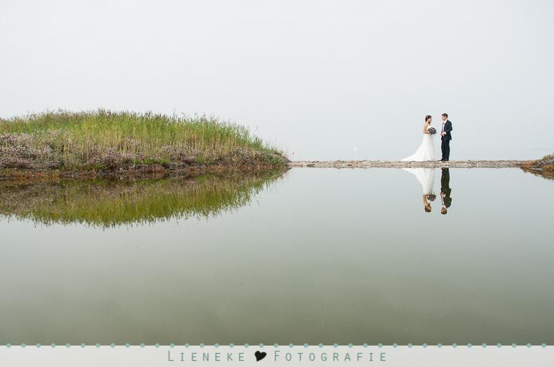 Bruidsfotografie huwelijkreportage Bruinisse spiegeling